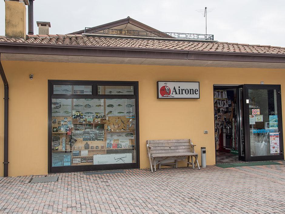Airone-Angelgeschäft-in-Italien